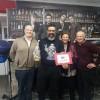 L'Associació Solc d'Alcoi rep la recaptació total del grup de perruquers encapçalat per Mario Sancho