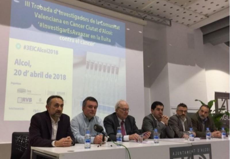 Paco Fuster, Antonio Arques, Carlos Camps, Toni Francés, José Antonio López i Jacobo Martínez han presentat la trobada / R. Lledó