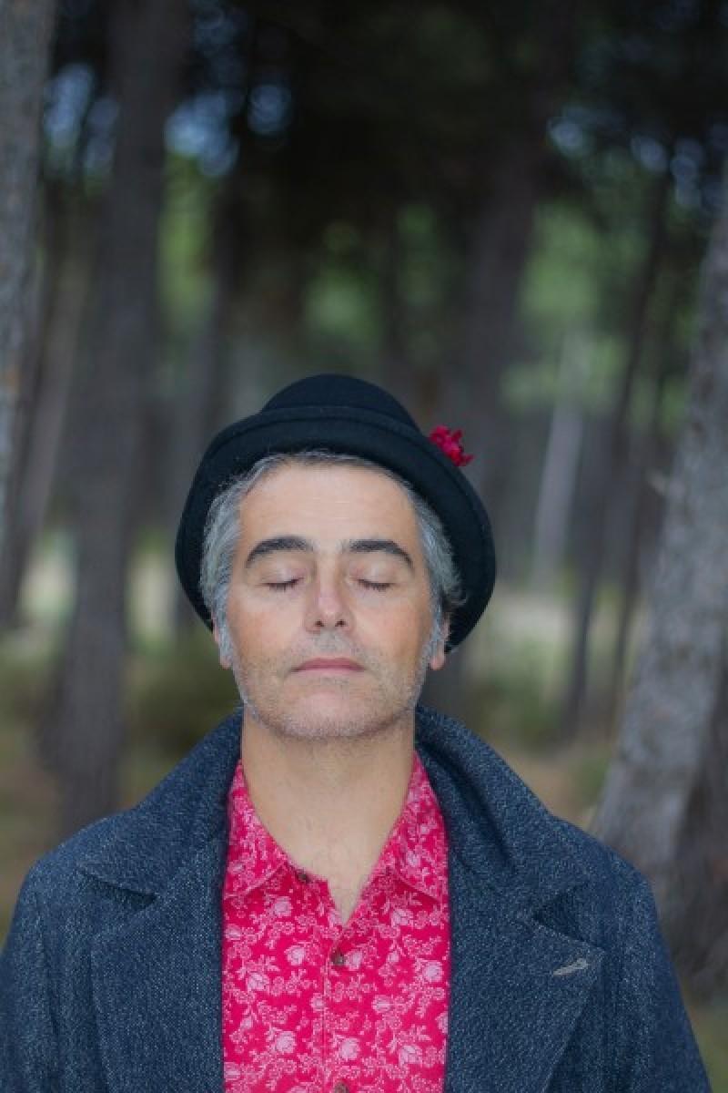 La programació del Teatre Principal d'Alcoi es tanca amb el rock d'autor de Jesús Lara / Teatre Principal