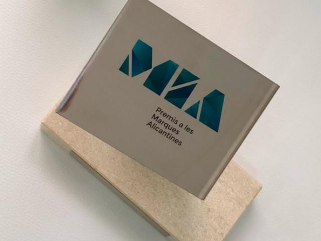 L'empresa alcoiana, Germaine de Capuccini rep el premi MIA a la millor Marca Digital / Rafael Arjones