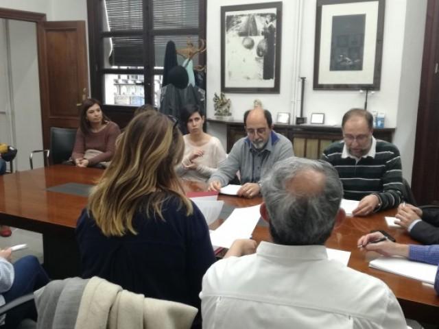 Reunió de l'escola concertada amb l'alcalde i el regidor d'educació