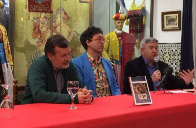 Manolo Gomicia, Carles Cortés i Josep Lluis Santonja a la Filà Judíos / R. Lledó