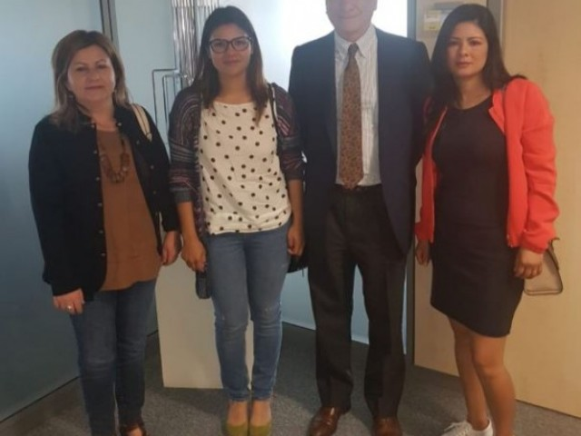 Vicenta Jiménez, Laura Parada, Fidel Sendagorta i Yoli Parada / Familia