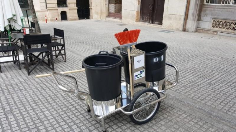 Nou servei de neteja amb maquinària per les urbanitzacions d'Alcoi / Ajunt. Alcoi