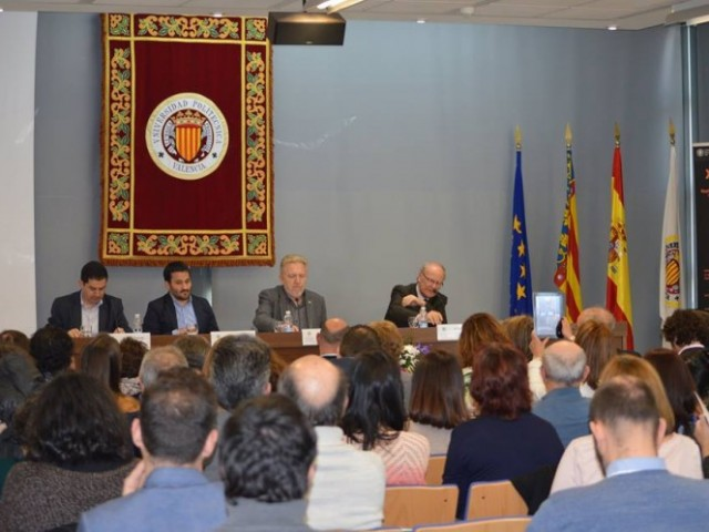 Inauguració de les Jornades amb la presència de Marzà / Maria Gutiérrez