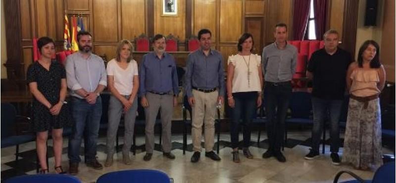 Toni Francés amb els 8 regidors socialistes / R. Lledó