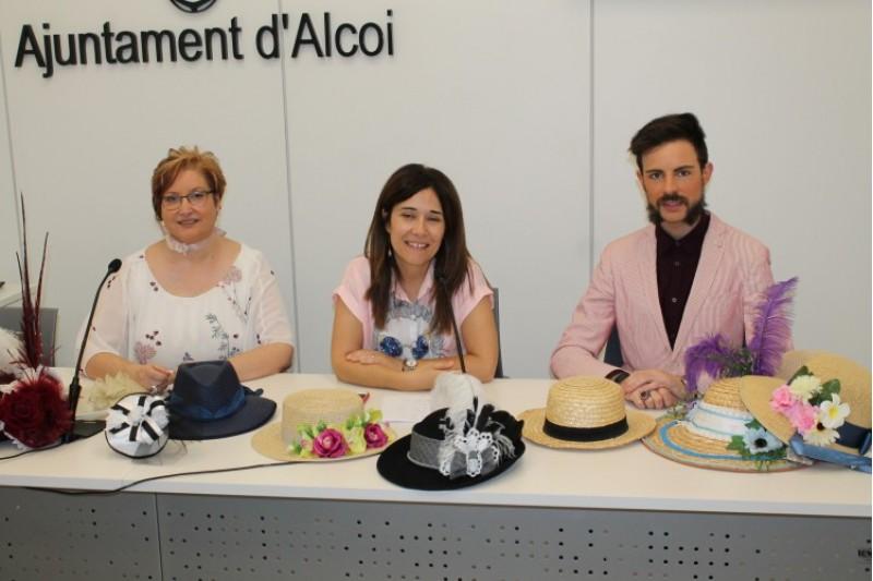 S'amplia a dos dies el taller de confecció de barrets dins de la II Fira Modernista a Alcoi / Ajunt. Alcoi