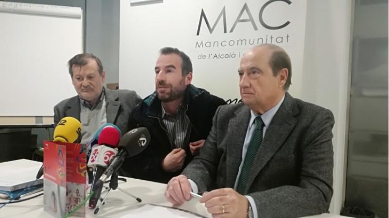 Manolo Gomicia, per la Mancomunitat; i Jesús Casanova i Jordi Tormo, pel CEEI Alcoi-València