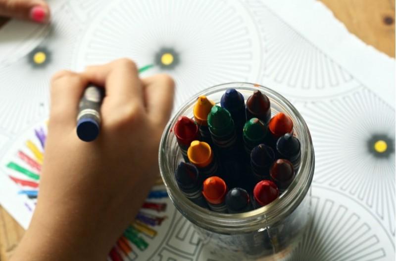 Un any més, es fan escoles d'estiu per als xiquets que pertanyen a famílies amb risc d'exclusió a Alcoi