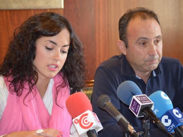 Mireia Estepa i Marcos Castelló a la roda de premsa / R. Lledó