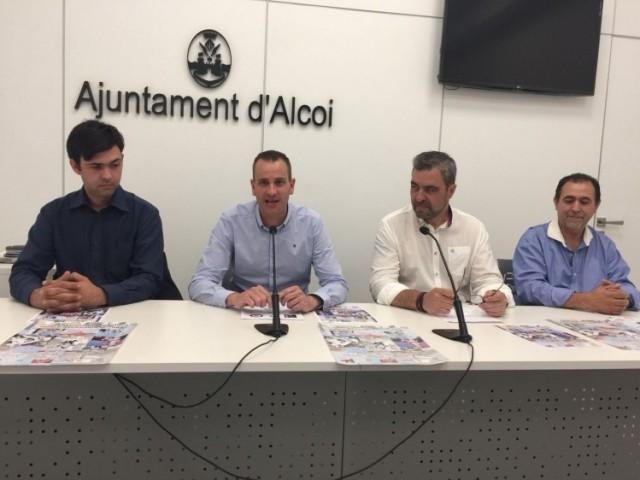 Zeus Doménech, president del Dojo Budo Alcoi; el regidor Alberto Belda; Jorge Ignacio Iborrra i José Luis Doménech, directors tècnics del Club