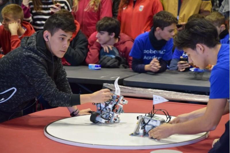 Èxit de participació en el VI Concurs de Robòtica /UPV