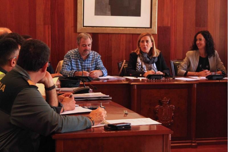 Junta de Seguretat amb la presència de la subdelegada del Govern a la província d'Alacant, Araceli Poblador.