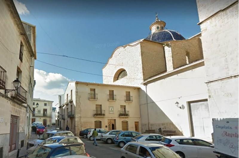 Centre de Muro, imatge via Google Maps