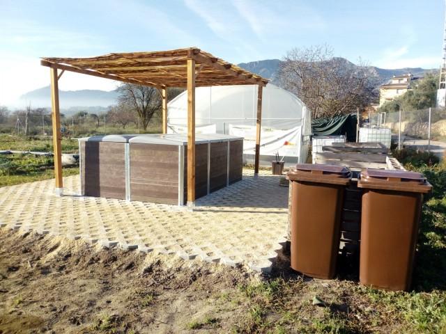 Muro ja disposa d'un centre de compostatge comunitari